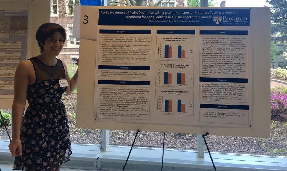 Maria with research poster