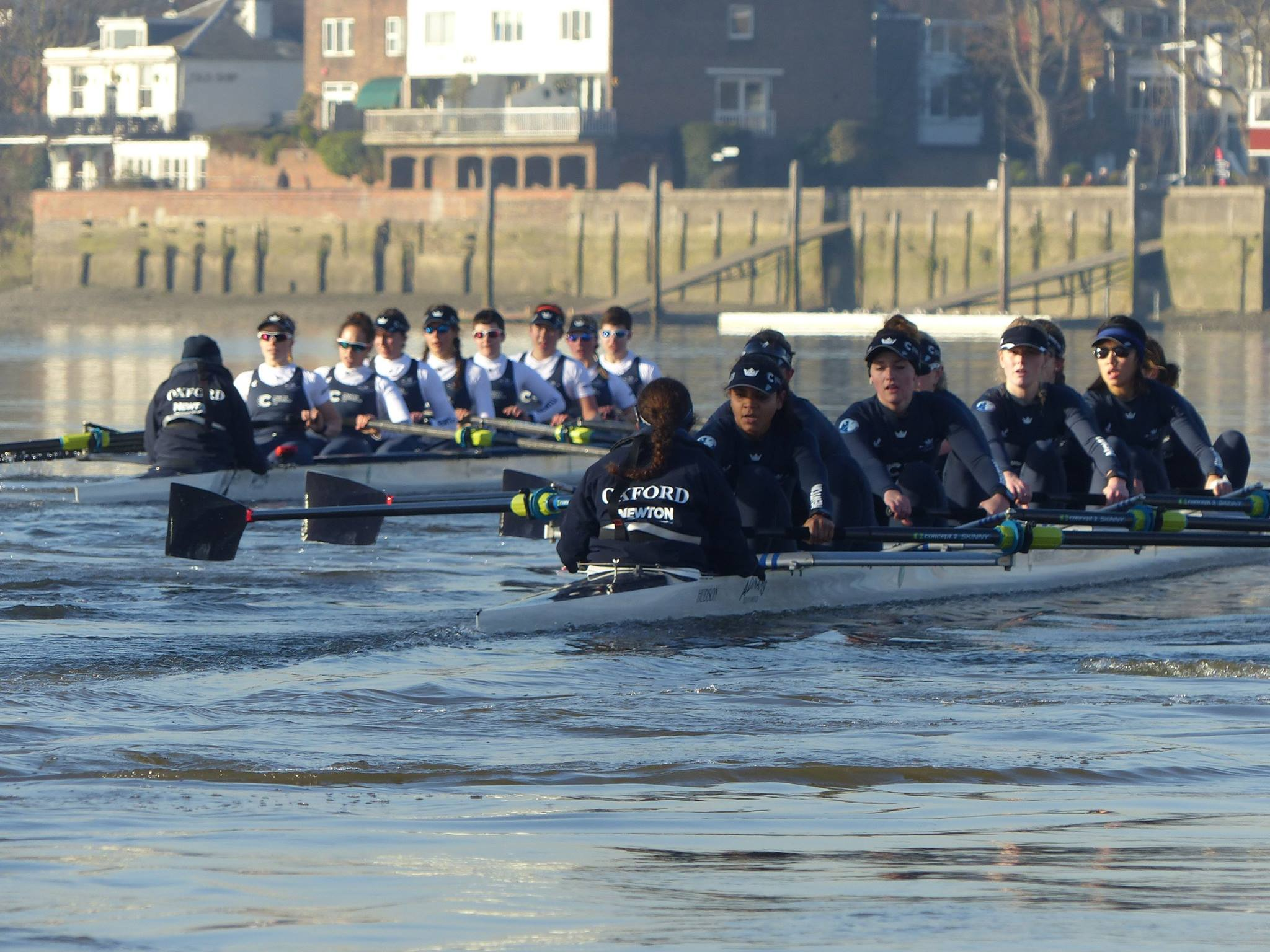 Crew 8s on the Thames
